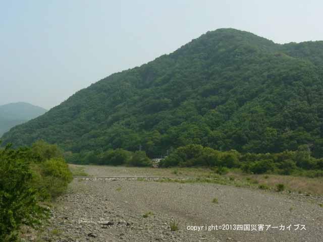 【備考画像】明治18年の茶園岳崩壊